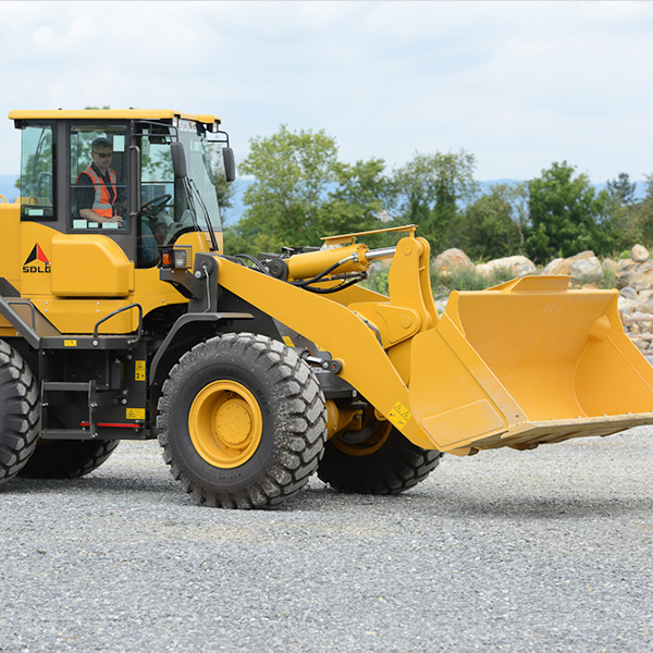SDLG-L948F-Front-End-Loader-Commercial-Site-Prep