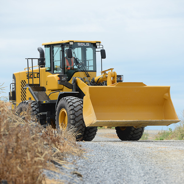 SDLG-L948F-Front-End-Loader-Site-Prep